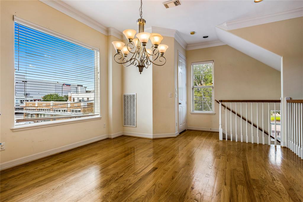 820 Stuart Street, Houston, Texas 77006, 3 Bedrooms Bedrooms, 3 Rooms Rooms,3 BathroomsBathrooms,Rental,For Rent,Stuart,26880297