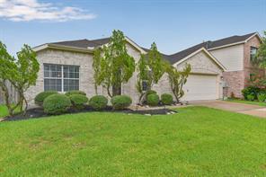 3818 Misty Falls Lane, Friendswood, TX 77546