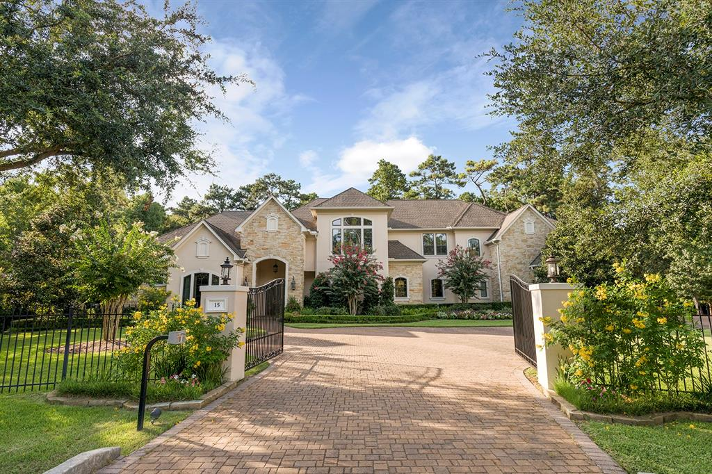 15 Bridle Oak Court, The Woodlands, Texas 77380, 5 Bedrooms Bedrooms, 13 Rooms Rooms,5 BathroomsBathrooms,Single-family,For Sale,Bridle Oak,19619774