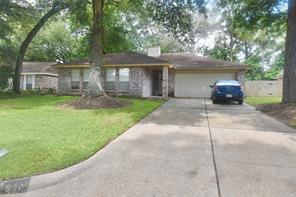 4007 Sherwood Street W, Houston, TX 77339
