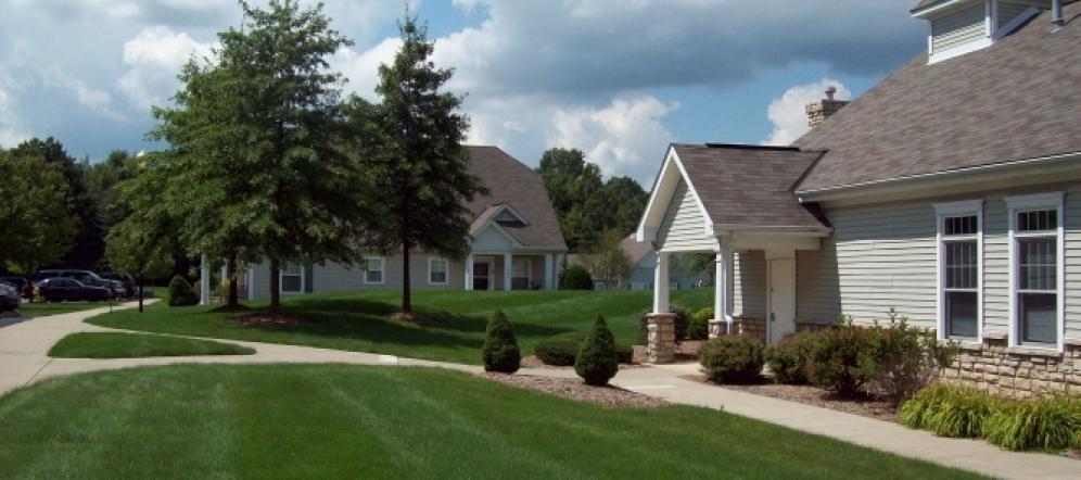 1330 Blakley Circle, Warren, OH 44485