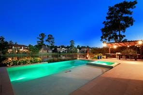 23 PALOMA BEND, The Woodlands, TX 77389
