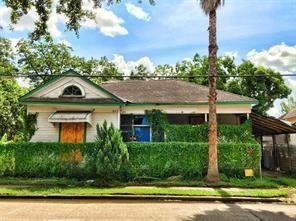 207 S Lockwood Drive, Houston, TX 77011