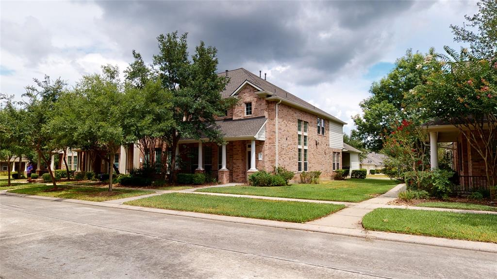 Beautiful home with updates that over looks the neighborhood park! Walking distance to shopping schools parks and more. Minutes from I45 and 1488 great location. ECO bee thermostats make the house energy efficient. VIRTUAL TOUR AVAILABLE!