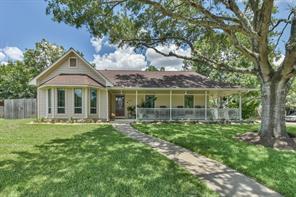 330 Meadowlark Circle, Sealy, TX 77474