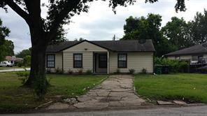 5958 Southville, Houston, TX, 77033