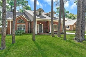 5510 Village Springs Drive, Kingwood, TX 77339