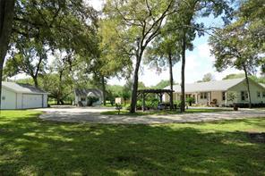 37621 Broncho Road, Simonton, TX 77485