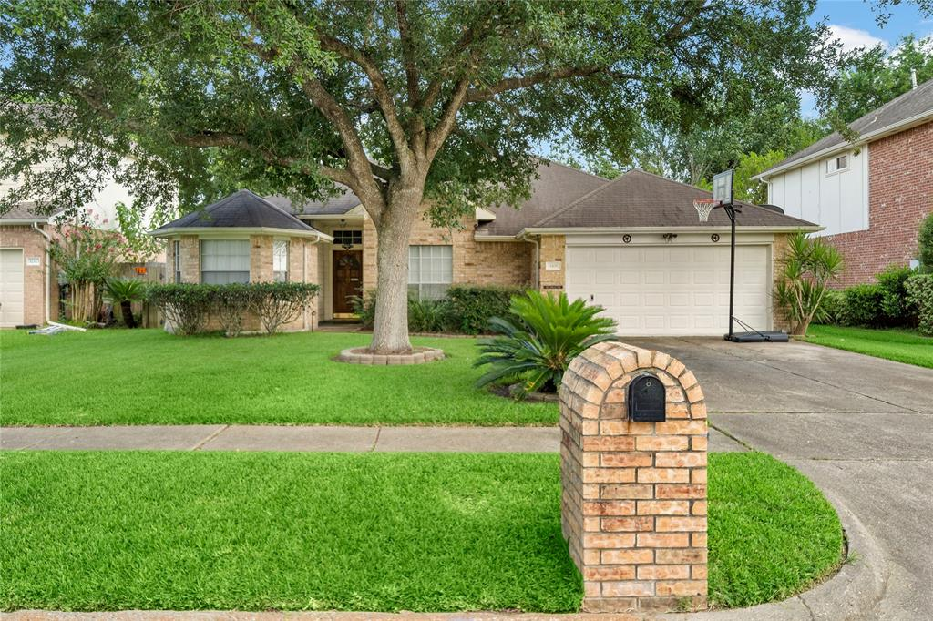 11401 30th Avenue, Texas City, Texas 77591, 3 Bedrooms Bedrooms, 6 Rooms Rooms,2 BathroomsBathrooms,Single-family,For Sale,30th,26593315