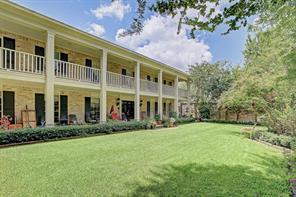 42 E Broad Oaks Drive, Houston, TX 77056