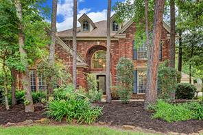 22 Lost Pond Circle, The Woodlands, TX 77381