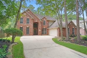 86 S Goldenvine Circle, The Woodlands, TX 77382