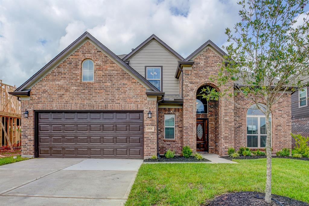 "You don't want to miss this gorgeous Briarwood Home in the picturesque community of Briarwood Crossing. Nestled on a spacious lot, this 4-sided brick property features a premium elevation, tile flooring, a fireplace with a cast stone surround, study with French doors, and a covered patio for outdoor entertaining and leisure. Dream up culinary masterpieces in the kitchen, equipped with granite countertops, a designer tile backsplash, 42"" cabinets, and stainless steel appliances. Unwind in the spa-like primary suite, complete with dual vanities, a tub, and separate shower. Enjoy family time outdoors at the nearby 5-acre park, recreation area with splash pad, and swimming pool. This community provides commuters with easy access to U.S. 59 and the Grand Parkway. Schools are zoned to the highly-acclaimed Lamar Consolidated Independent School District. Call today to book your private showing!"