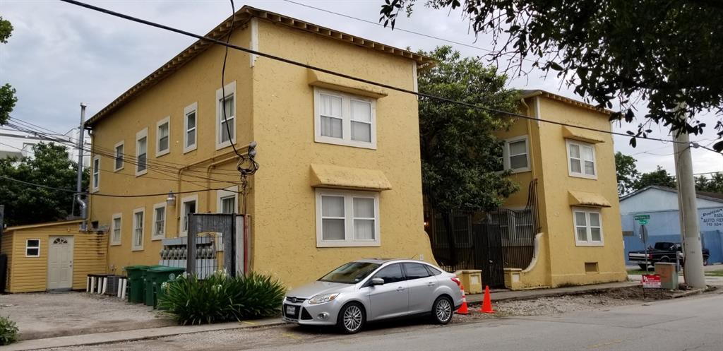 415 Fairview Avenue, Houston, Texas 77006, 1 Bedroom Bedrooms, 3 Rooms Rooms,1 BathroomBathrooms,Rental,For Rent,Fairview,87651841