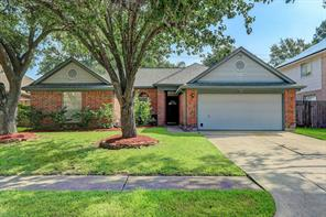 16023 Copper Canyon Drive, Friendswood, TX 77546