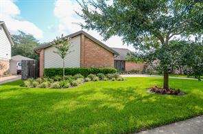 3007 N Blue Meadow Circle, Sugar Land, TX 77479