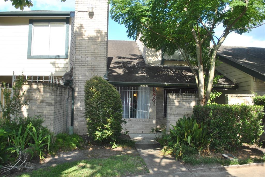 12761 Leader Street, Houston, Texas 77072, 2 Bedrooms Bedrooms, 10 Rooms Rooms,2 BathroomsBathrooms,Townhouse/condo,For Sale,Leader,96837187