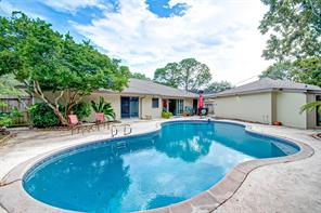 5818 Picasso Place, Houston, TX 77096