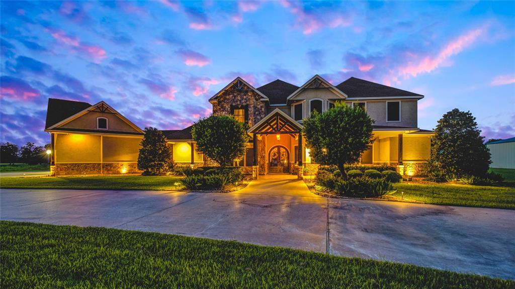 4911 Katies Creek Avenue, Baytown, TX 77523