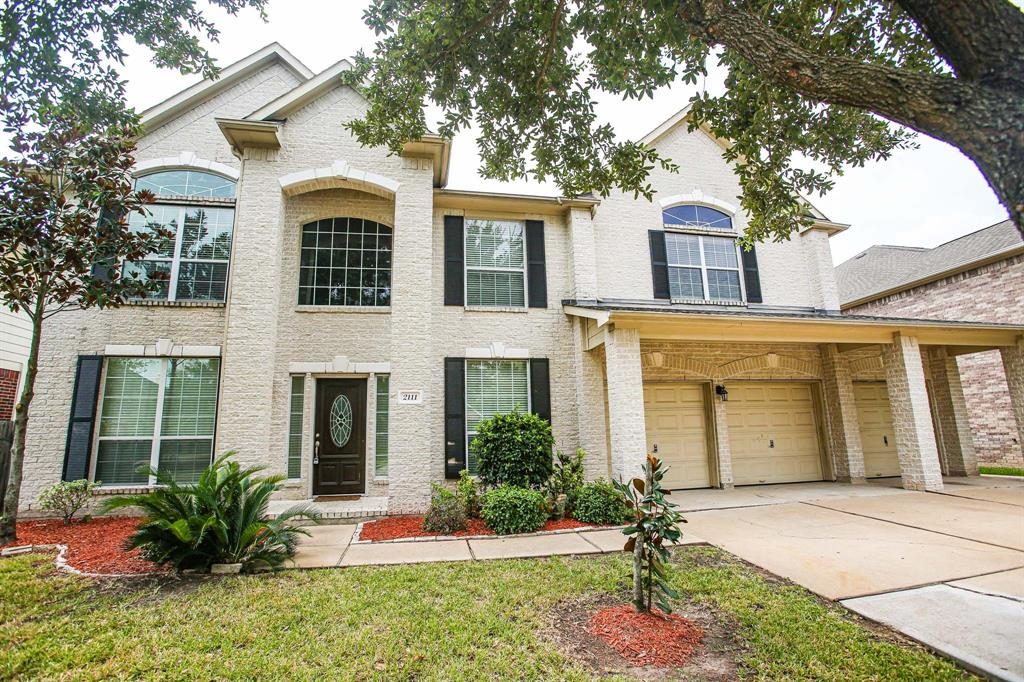 This gorgeous two story home is located in the great neighborhood of Riverpark West.  The home is a massive 4075 sq ft and sits on a 8629 sq ft lot.  You'll have plenty of space with 5 bedrooms and 3.5 baths.  The kitchen comes equipt with a large island and beautiful granite countertops.  There is a large primary bedroom with a primary bath that hosts two vanities, a huge walk in closet, and a seperate jacuzzi tub and shower.  Upstairs you have the media and gameroom - perfect for entertaining or whatever you like. The SWIMMING POOL in the backyard is a fantastic way to beat this Texas heat!! This home won't last long so, schedule your private showing today!