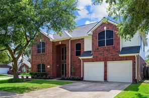 922 E Hampton Drive, Pearland, TX 77584
