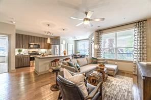 11576 Pearland Parkway