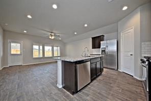 8503 Violet Hills Lane, Rosharon, TX 77583