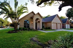 1622 Stoney Park Drive, Kingwood, TX 77339