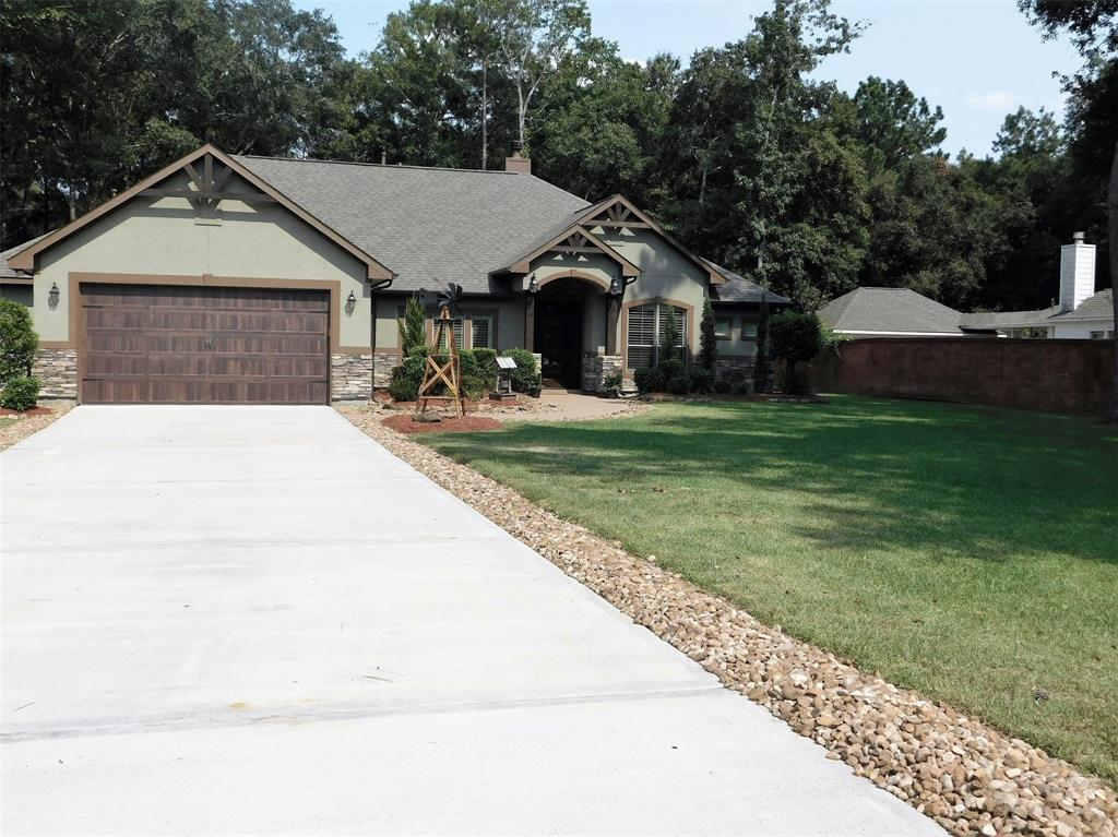Desirable Home in Riverwalk Subdivision on 1 Acre. Home is well maintained/owner pride shows! Home features split floor plan offering master suite additional privacy, 4 Bedrooms with 3 1/2 bathrooms, Study/Library, Kitchen features island with butcher block. Subdivision offers Private 65 acre lake for family enjoyment with picnic tables and playground for the kids. Call to schedule appointment today.