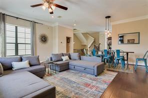 10646 Clearview Villa Place, Houston, TX 77025