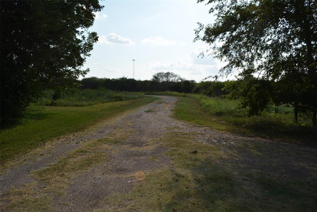 6807 Highway 290, Chappell Hill, TX 77426