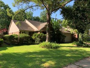 9015 Rippling Fields Drive, Houston, TX 77064