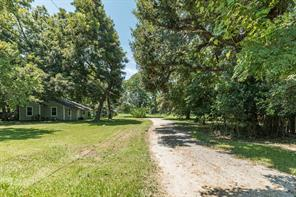 6830 Durazno Road, Jones Creek, TX 77541