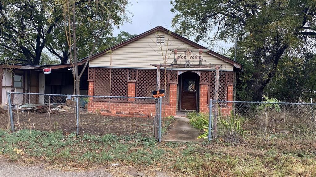 600 Post Street, Coleman, TX 76834