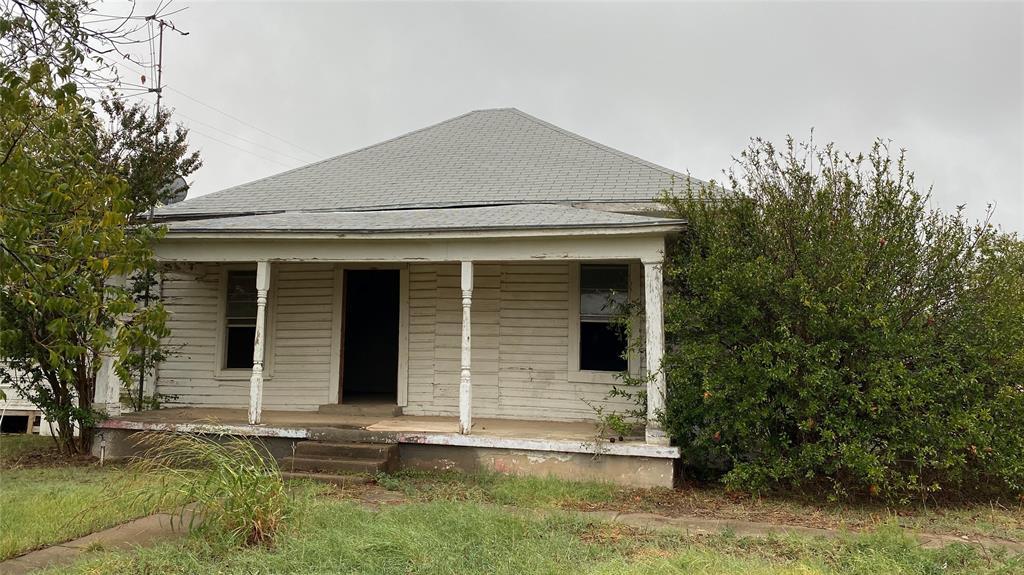 1101 N Blanco Street, Coleman, TX 76834