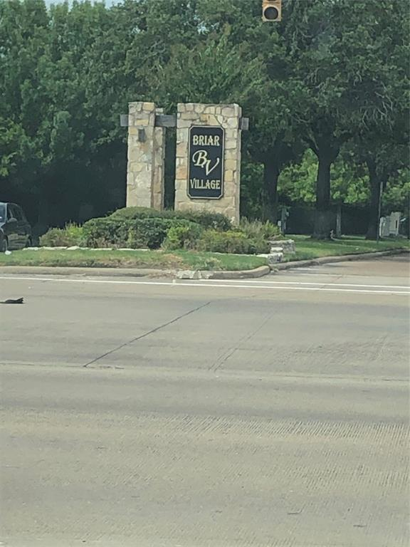 Bring your Buyers to a rare sight in Houston. Can be used for your new development.