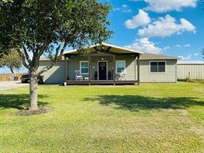 994 County Road 335, Palacios, TX 77465