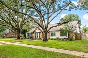 15722 Tumbling Rapids Drive, Houston, TX 77084