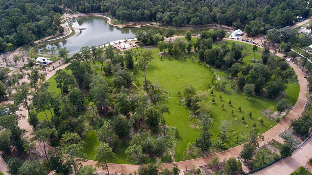 The new Eastern Glades section of Memorial Park is a short drive or bike ride away.
