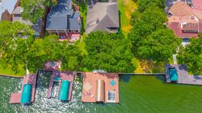 12426 Lake Shore Drive, Montgomery, TX 77356