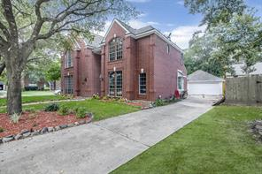 5203 Walnut Peak Court, Houston, TX 77345
