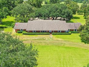 506 County Road 123, Wharton, TX 77488