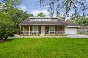 37 Robinhood Lane, Clute, TX 77531