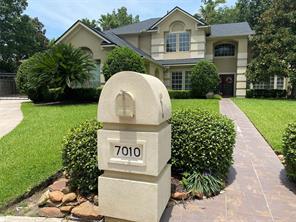 7010 Centre Oaks Drive, Houston, TX 77069