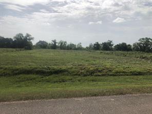 702 Lakeland Circle, Rosharon, TX 77583