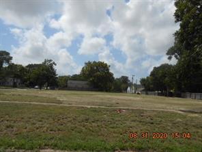 601 Ml King Jr Street, Texas City, TX 77590