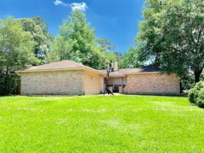 2702 Foliage Green Drive, Houston, TX 77339