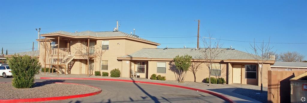 620 Davis Street, Fabens, TX 79838