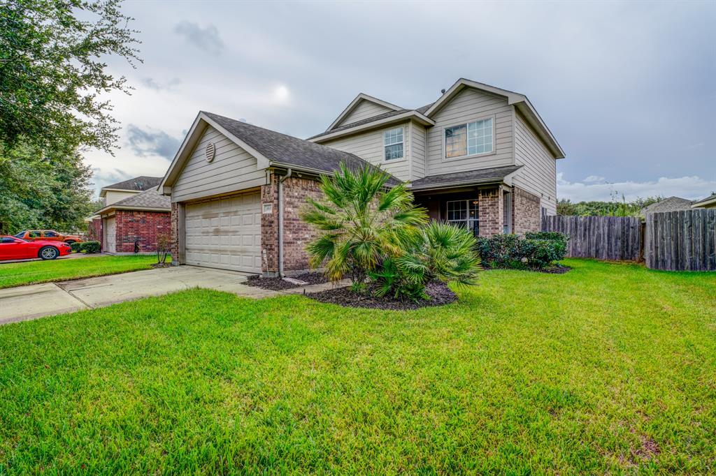 This is the home you have been looking for!! Whether you are looking for a large home for your family or you are wanting an investment property, this home offers it all. Charming curb appeal, and spacious backyard, perfect for entertaining! Situated in a quiet neighborhood in Rosenberg. This home boasts of 4 large bedrooms and multiple living/game areas, perfect for guests or growing children. You don't want to miss out on this gem. Elementary is conveniently located in the neighborhood. Zoned to George Ranch High School. Easy Commute to Hwy 59 and minutes from Sugar Land shopping and entertainment.