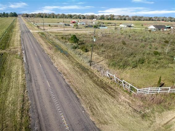 Beautiful land, available and ready to build a new home(s) with over 30 acres of available space comes with lots of options for you to build.
